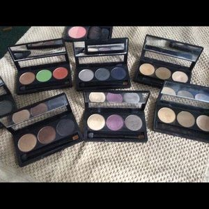 7 shadow trios and one blush duo